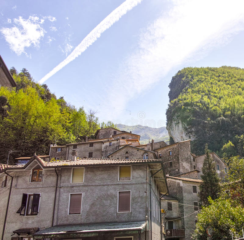 Sikt av equiterme i Italien royaltyfria foton
