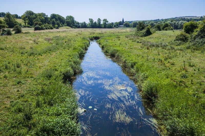 Sikt av floden Cuckmere nära Alfriston i östliga Sussex, England arkivbilder