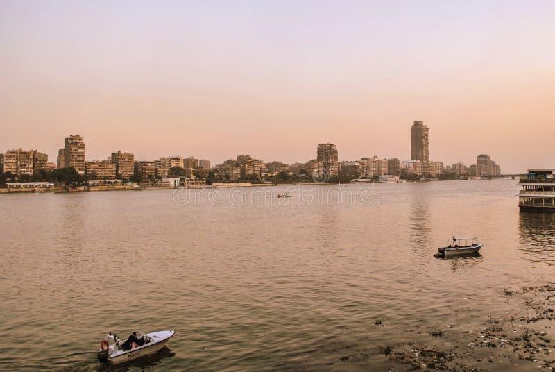 Sikt av flodNilen och Kairo, Egypten arkivfoton