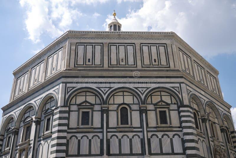 Sikt av Florence Baptistery arkivfoton