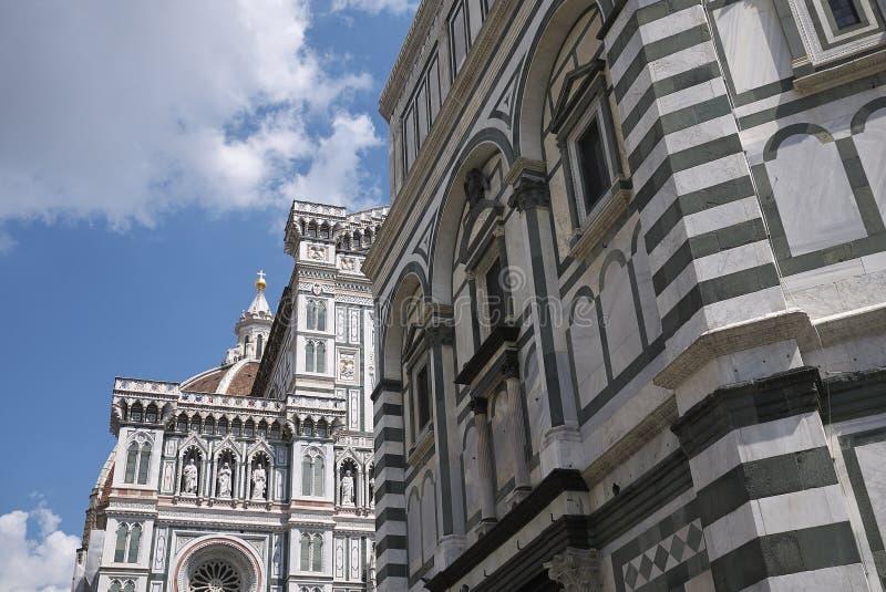 Sikt av Florence Baptistery fotografering för bildbyråer