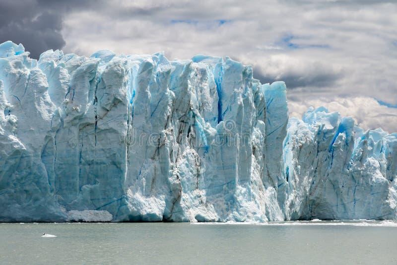 Sikt av glaciären i Patagonia arkivfoton