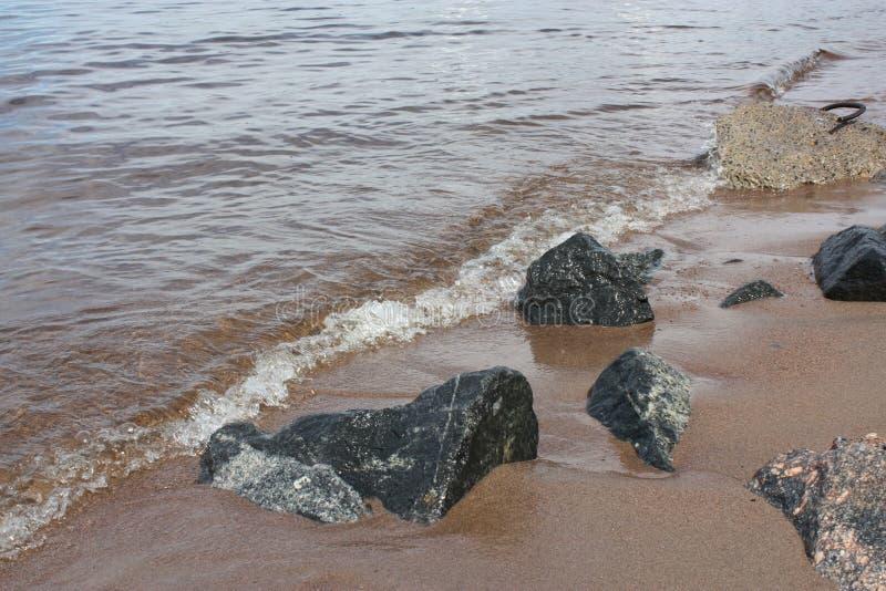 Sikt av golfen av Finland vatten i Petersburg fotografering för bildbyråer