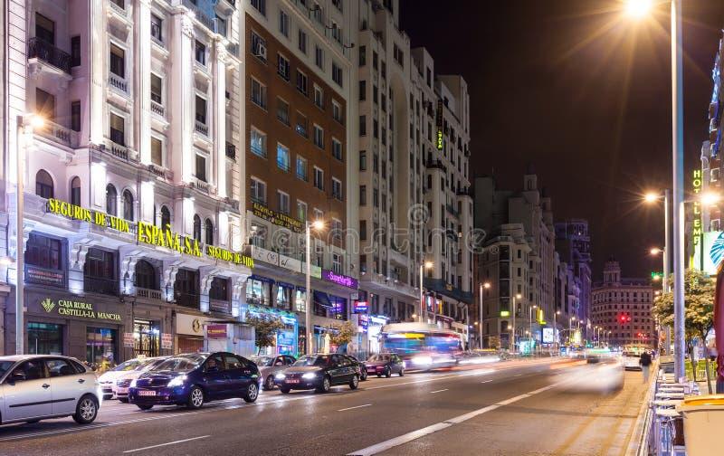 Sikt av Gran via i Madrid, Spanien royaltyfria foton