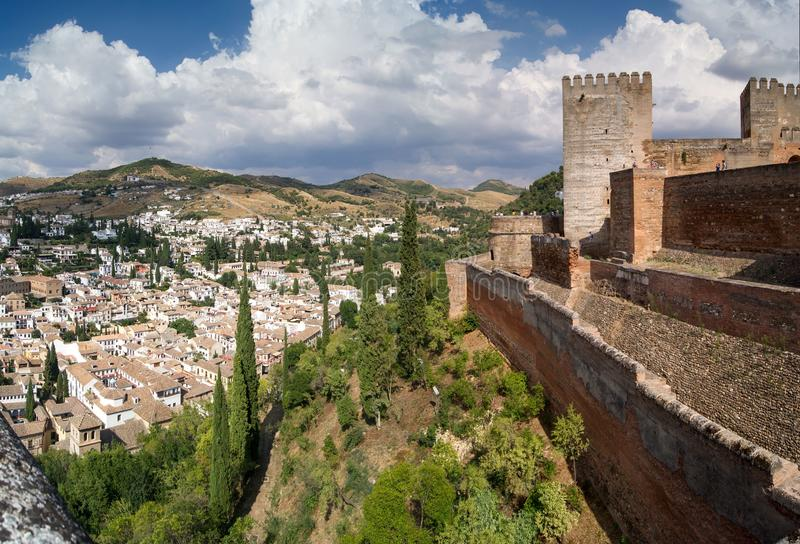 Sikt av Granada från Alhambraen arkivfoton