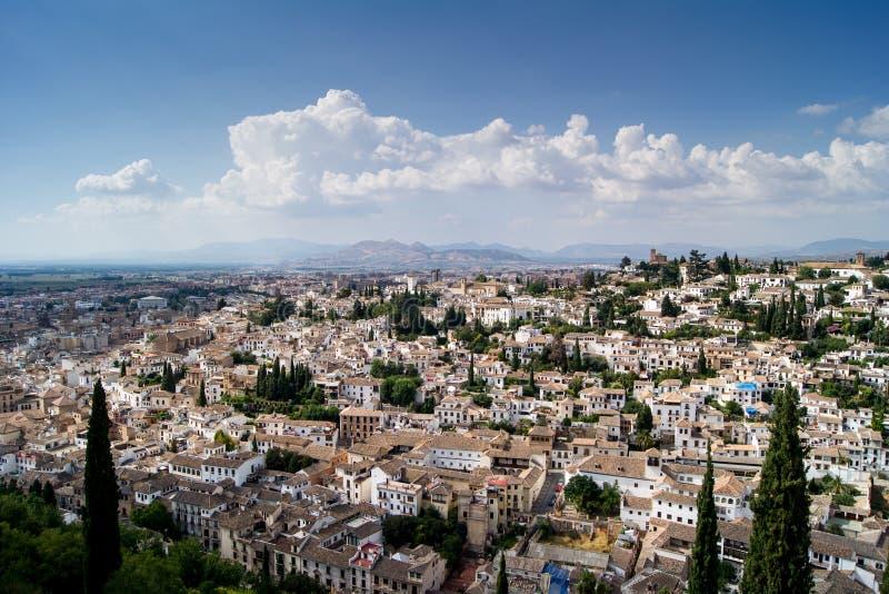 Sikt av Granada från Alhambraen arkivbilder