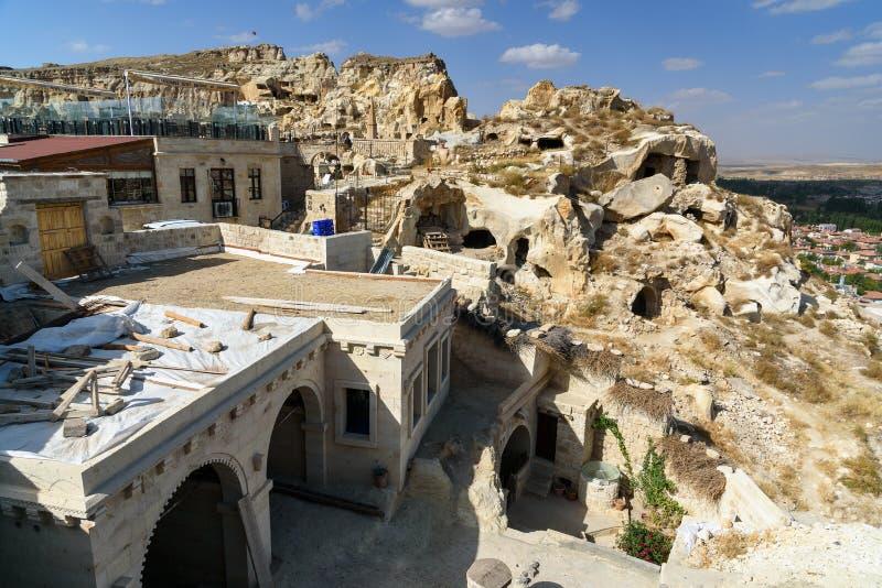 Sikt av grottahus i Urgup cappadocia kalkon royaltyfri fotografi