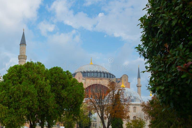 Sikt av Hagia Sophia, kristen patriark- basilika, imperialistisk moské och nu ett museum Istanbul Turkiet fotografering för bildbyråer