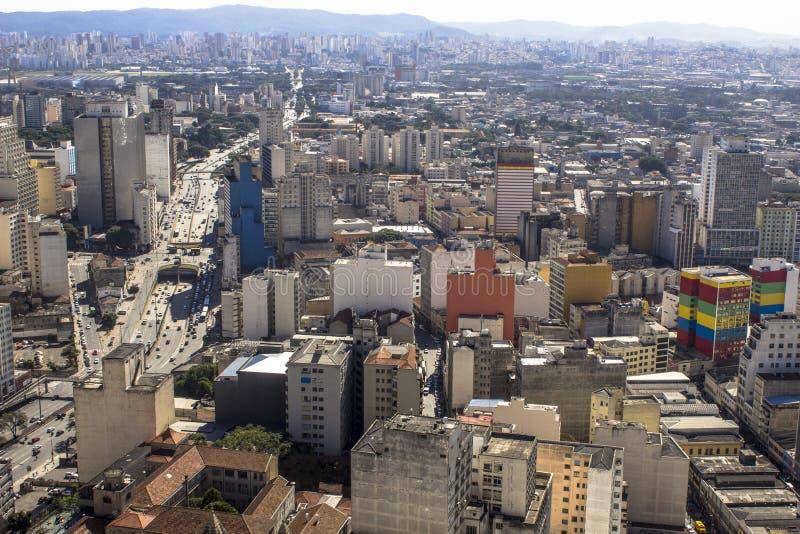 Sikt av horisontcentret av den Sao Paulo staden royaltyfria foton