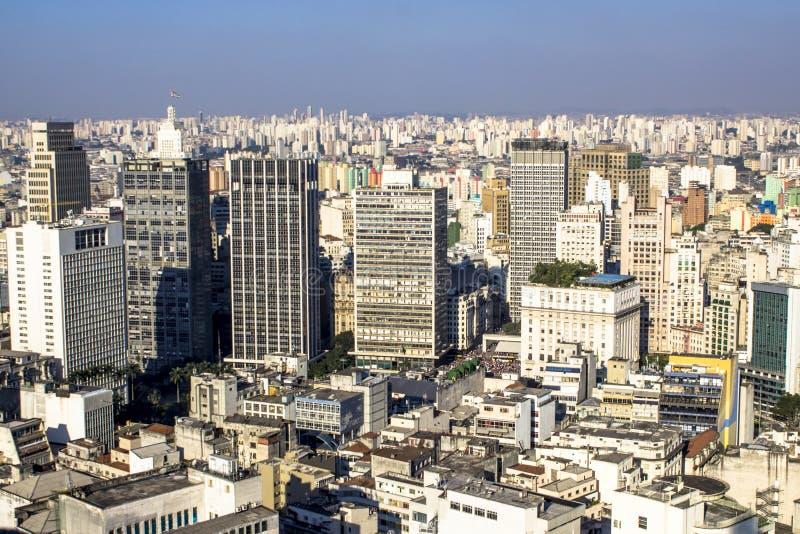 Sikt av horisontcentret av Sao Paulo royaltyfria bilder