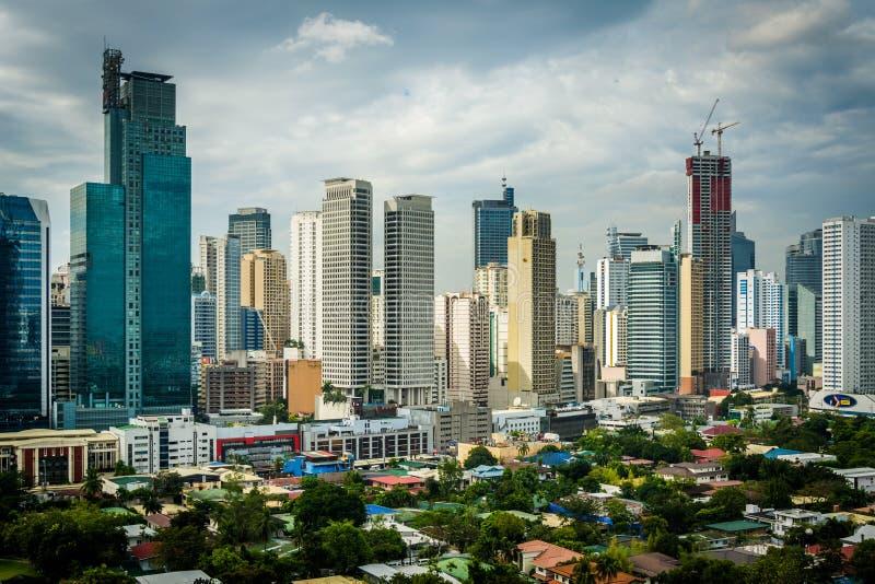 Sikt av horisonten av Makati i tunnelbanan Manila, Filippinerna arkivbild