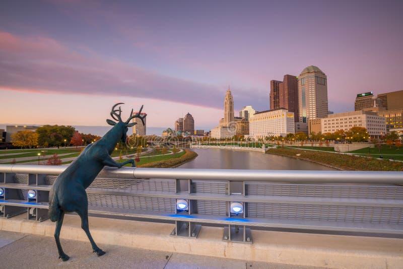 Sikt av i stadens centrum Columbus Ohio Skyline arkivbild