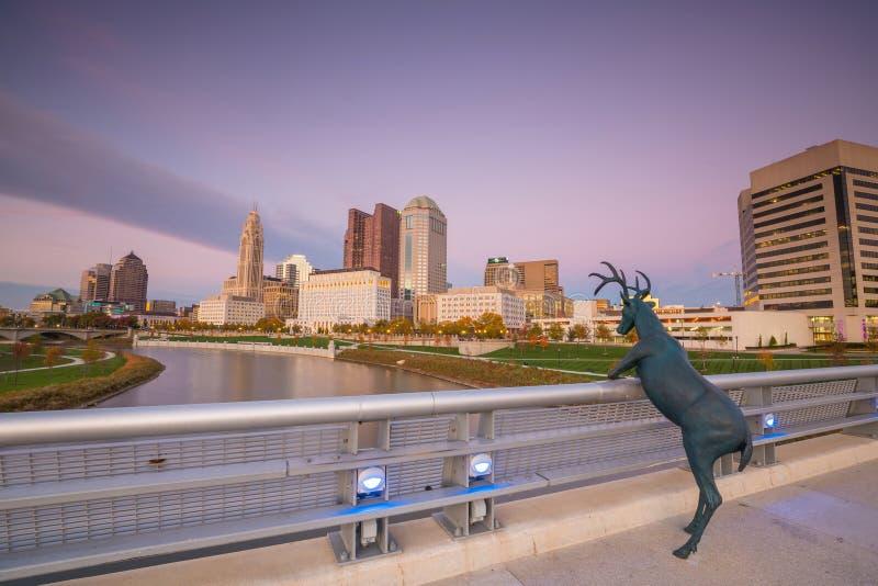 Sikt av i stadens centrum Columbus Ohio Skyline royaltyfri foto