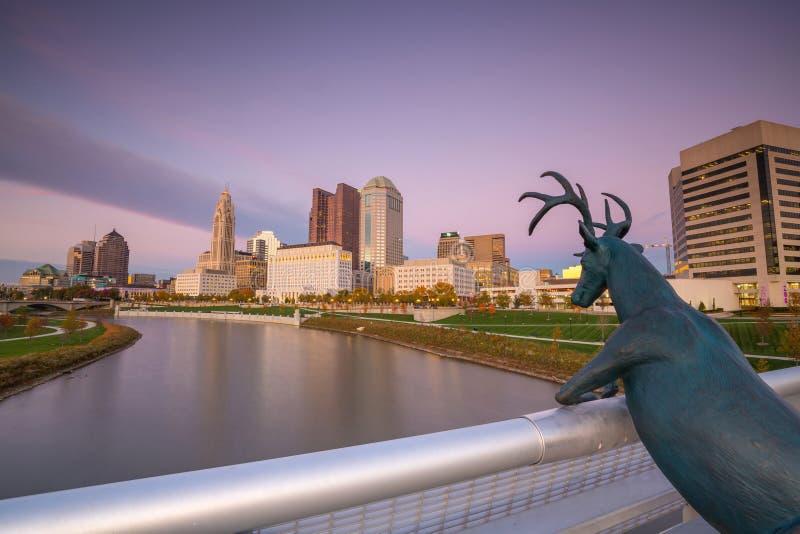 Sikt av i stadens centrum Columbus Ohio Skyline royaltyfri bild