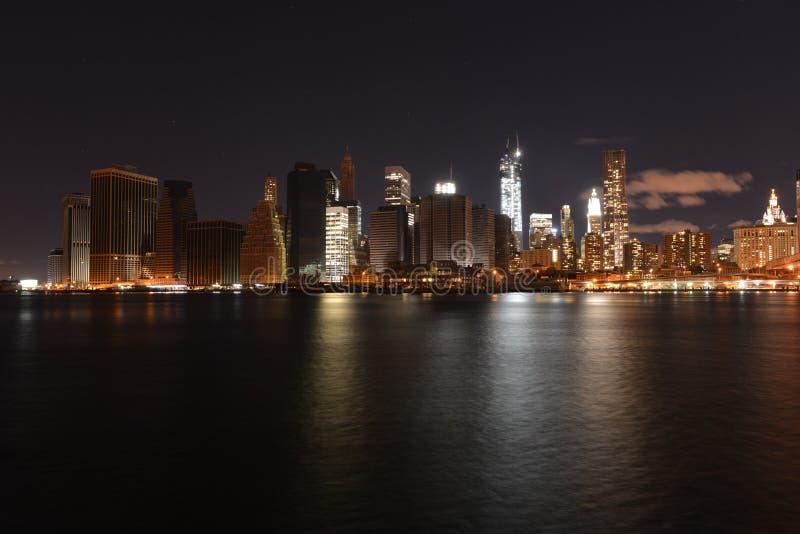 Sikt av i stadens centrum Manhattan efter den sandiga orkanen fotografering för bildbyråer