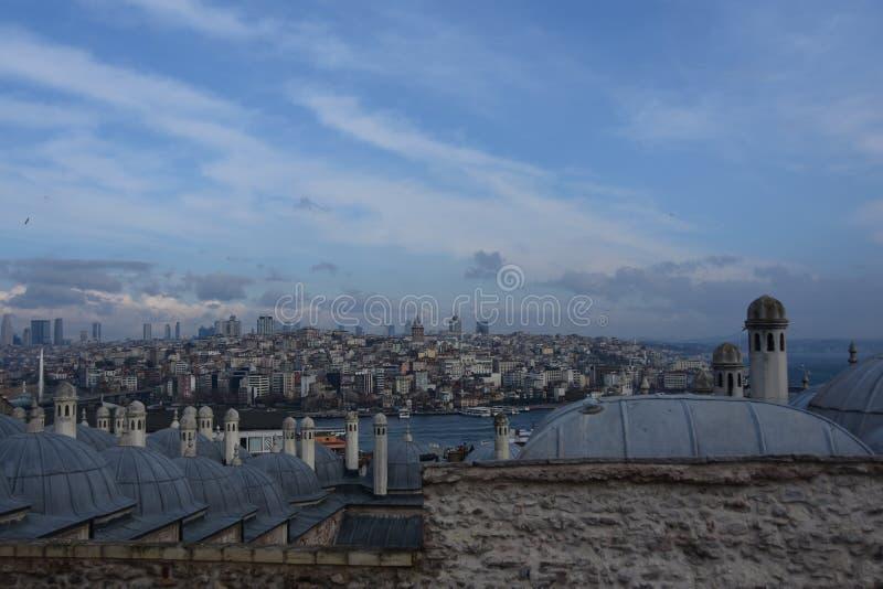 Sikt av Istanbul i aftonen, Turkiet arkivbilder