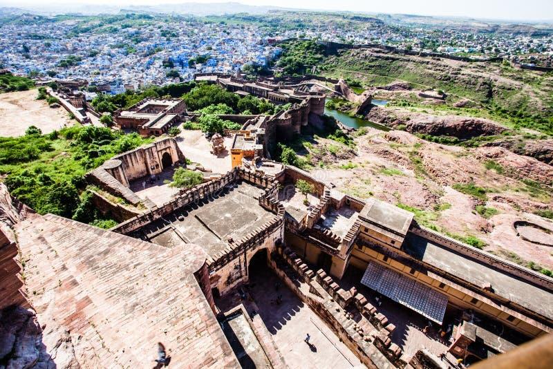 Sikt av Jodhpur, den blåa staden, från det Mehrangarh fortet, Rajasthan, Indien arkivbild