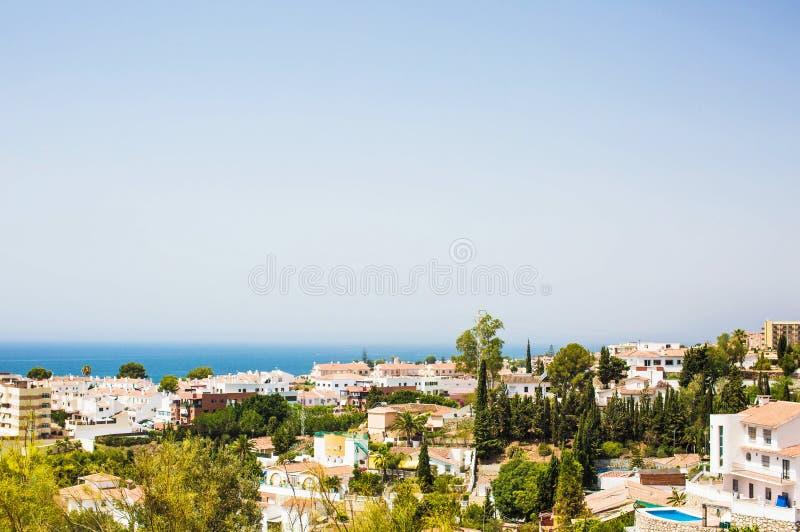 Sikt av kusten Rincon de la Victoria spain arkivbild