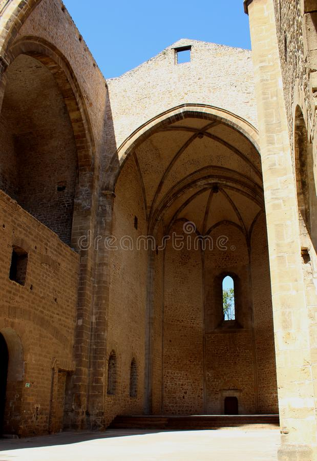 Sikt av kyrkan av Santa Maria allo Spasimo i Palermo, Italien royaltyfria foton