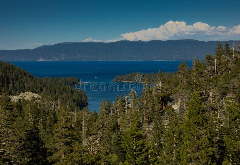 Sikt av Lake Tahoe arkivfoton