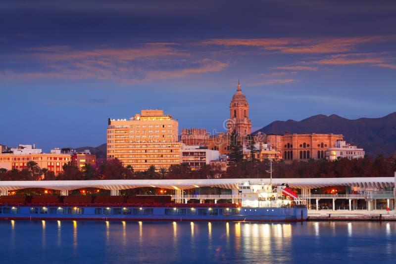 Sikt av Malaga från port royaltyfri bild