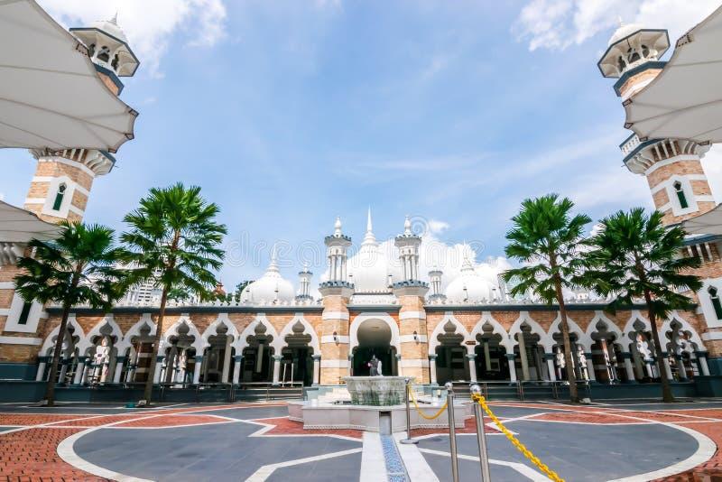 Sikt av Masjid Jamek Sultan Adul Samad Mosque efter 1907 i Malaysia royaltyfria foton