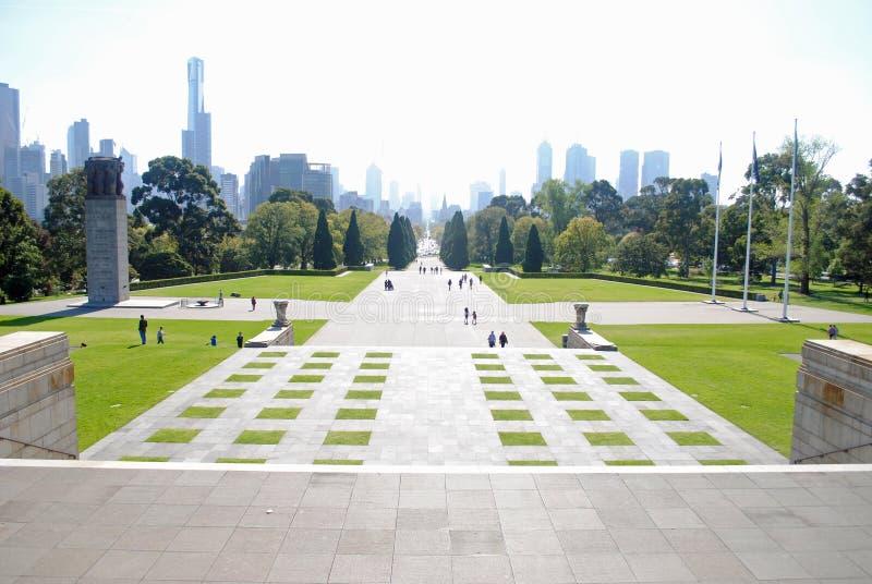Sikt av Melbourne från relikskrin av minnet arkivfoto