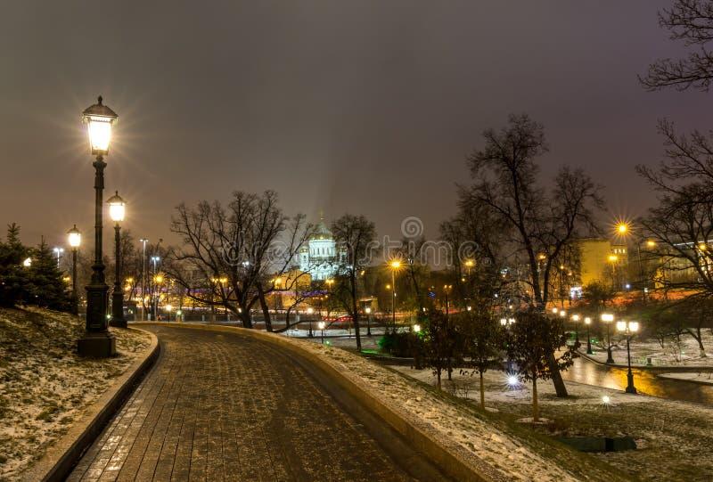 Sikt av Moskva, MoskvaKreml och den Alexander trädgården, arkivfoton