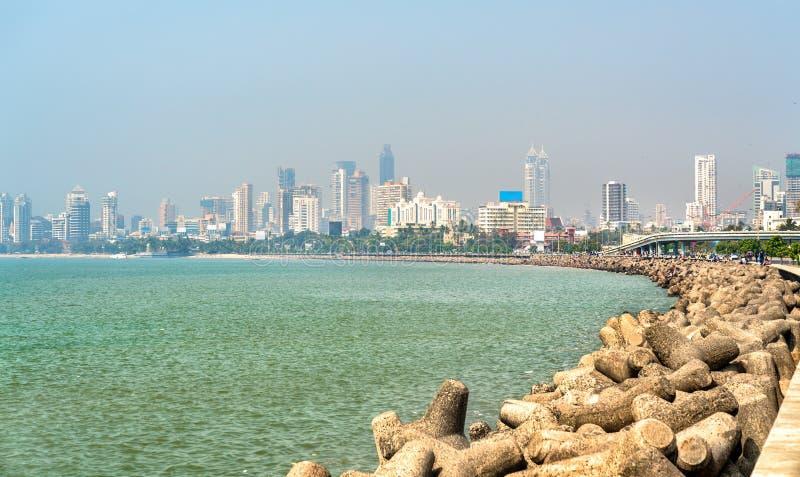 Sikt av Mumbai från Marine Drive india arkivbild