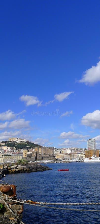 Sikt av Naples från havet royaltyfri bild