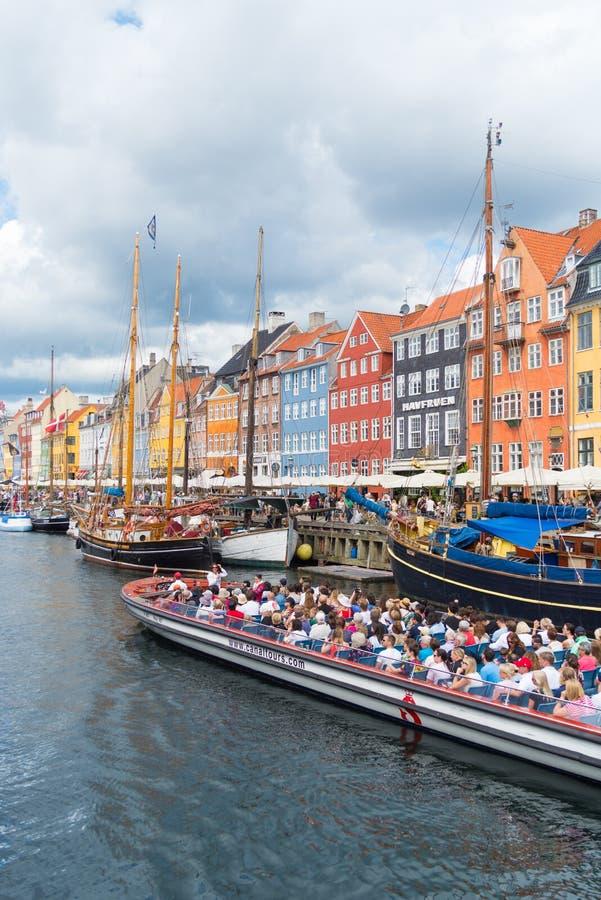 Sikt av Nyhavn i Köpenhamnen, Danmark royaltyfri foto