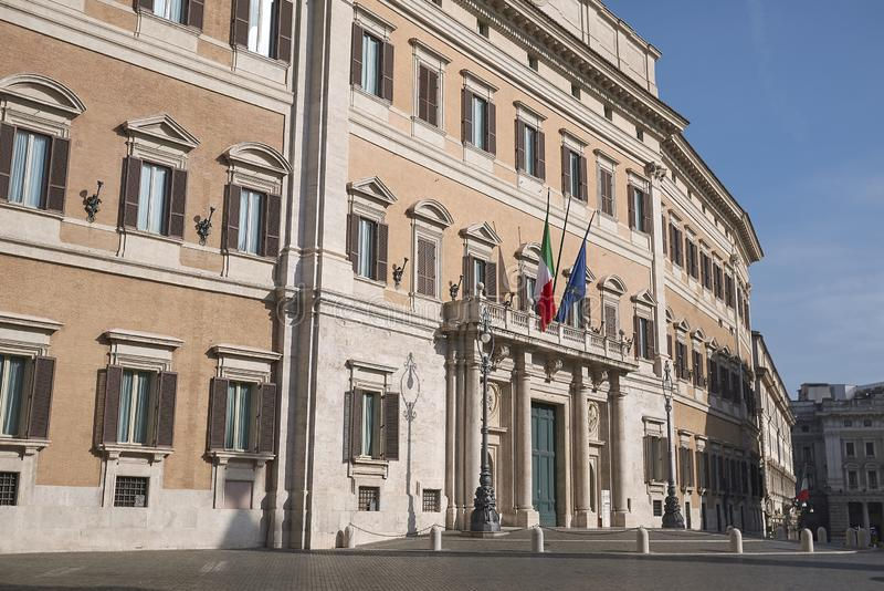 Sikt av Palazzo Montecitorio royaltyfri foto