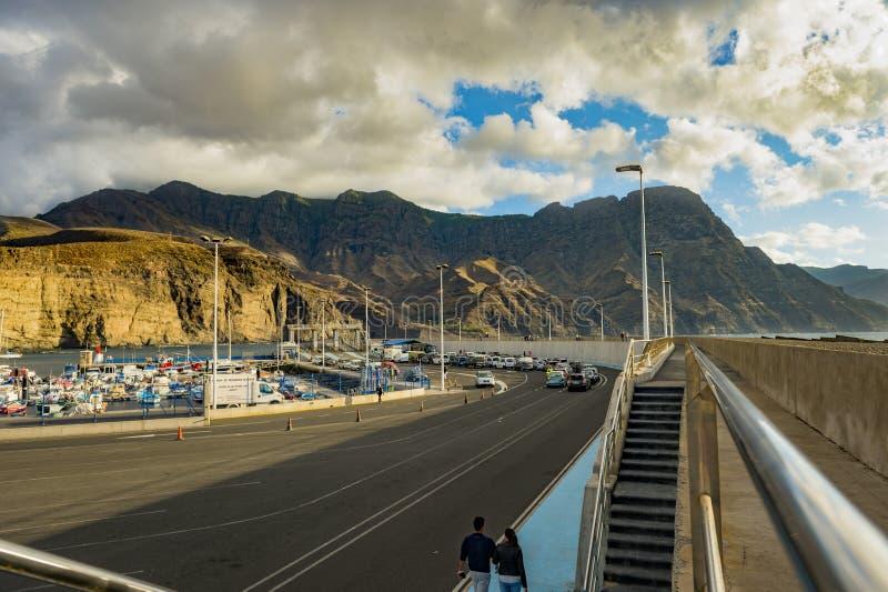 Sikt av porten på Puerto de Las Nieves, Gran Canaria arkivbilder