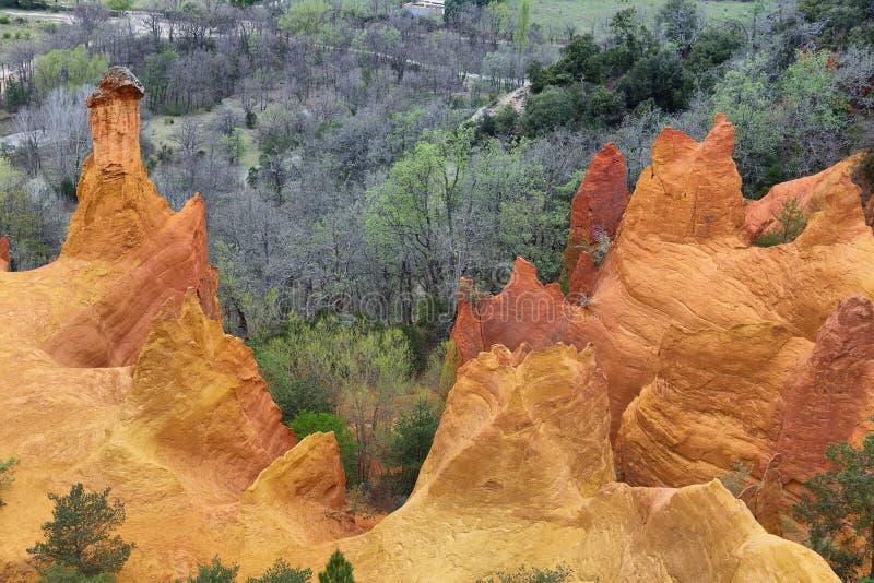 Sikt av Provencalen Colorado - Provence, Frankrike royaltyfri fotografi