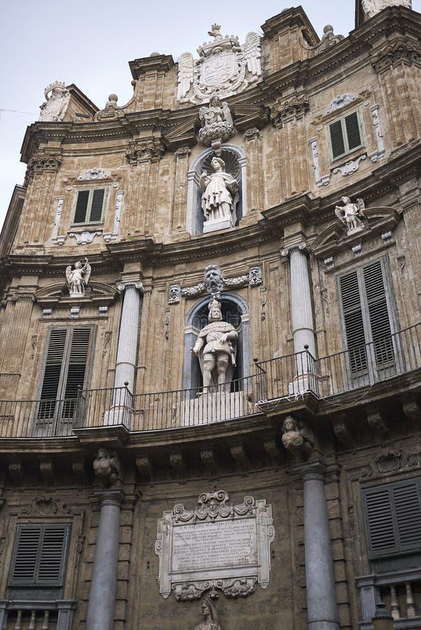 Sikt av Quattro Canti royaltyfria foton