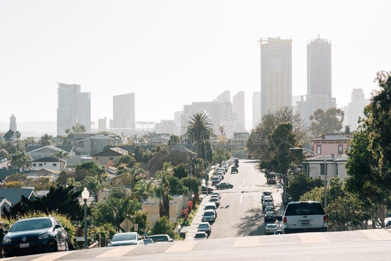 Sikt av San Diego från Grant Hill Neighborhood Park i San Diego, Kalifornien royaltyfria bilder