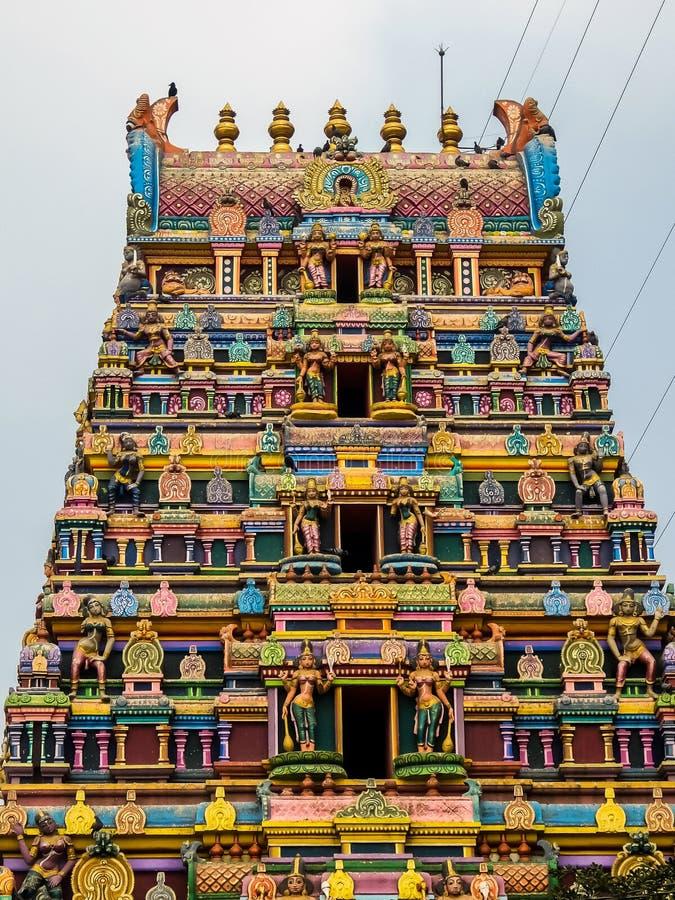 Sikt av Shri Gayatri Ammavari Temple, Vijayawada, Indien arkivfoto