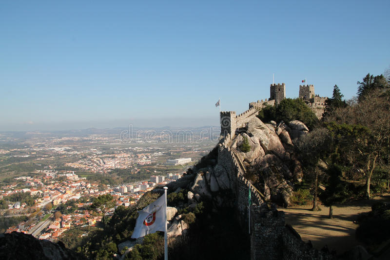Sikt av Sintra och Castelo DOS Mouros arkivfoto