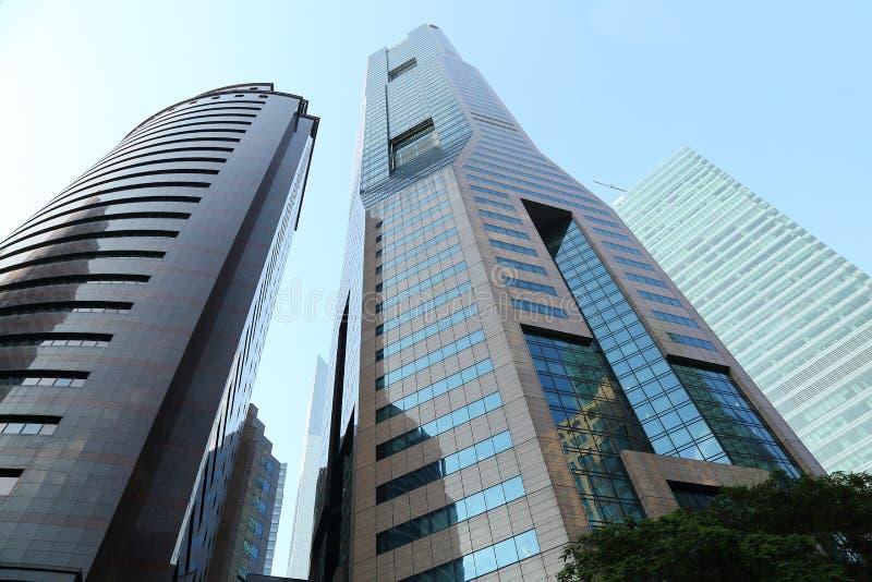 Sikt av skyskrapor i singapore royaltyfri bild
