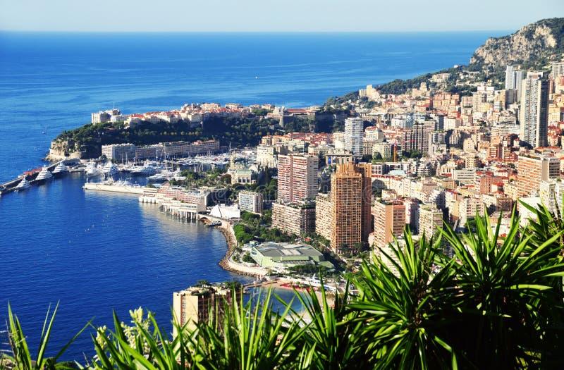 Sikt av staden av Monaco Franska riviera arkivfoton