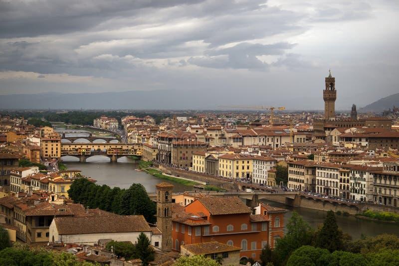 Sikt av staden från ett flyg för fågel` s Florence italy royaltyfri fotografi