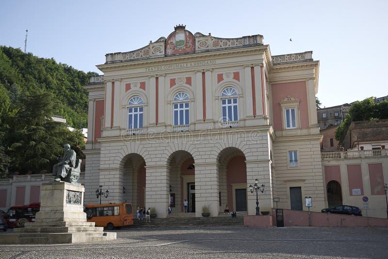 Sikt av Teatro Rendano arkivfoto