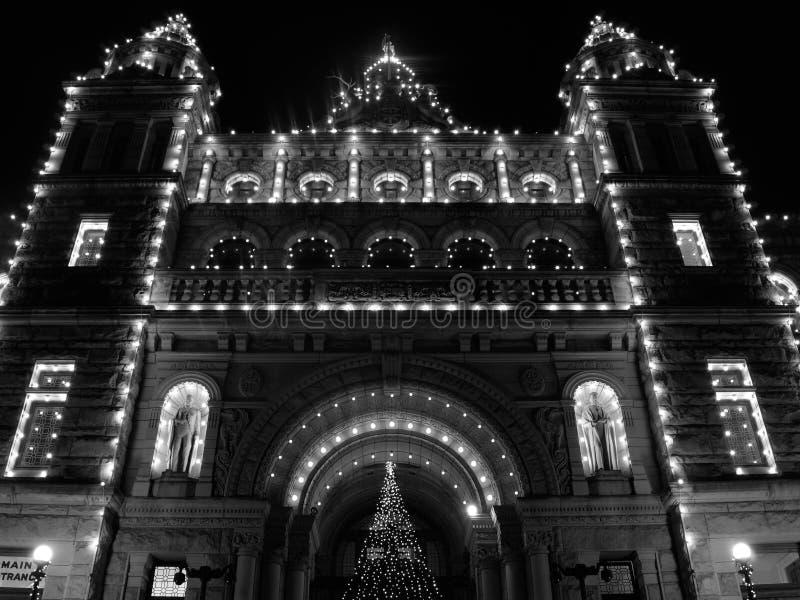 sikt för byggnadslawnlondon parlament royaltyfria bilder