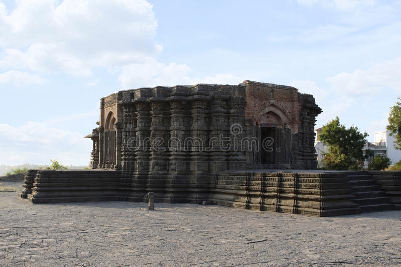 Sikt för Daitya Sudan tempelsida, Lonar, Buldhana område, Maharashtra, Indien arkivbilder