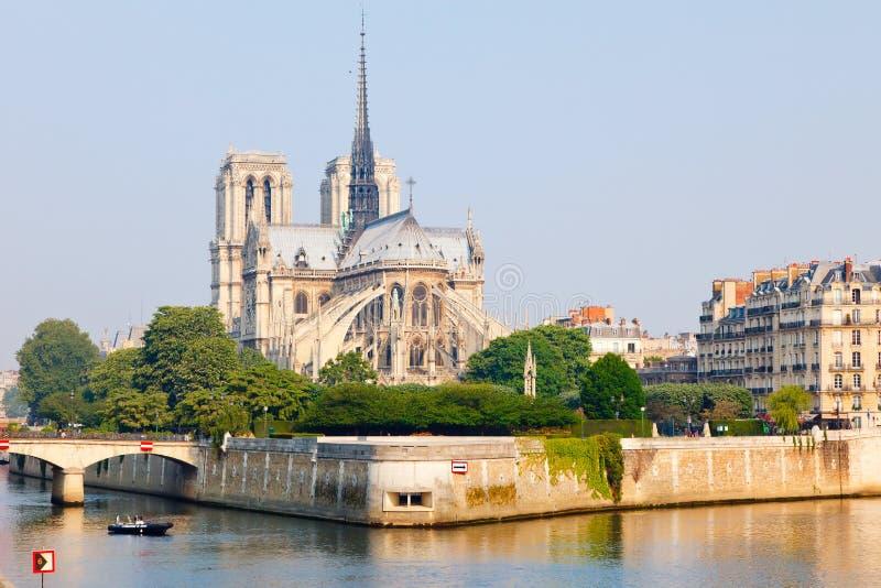 sikt för dame de notre paris arkivbilder