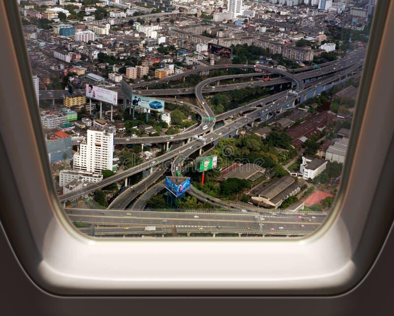 Sikt för fågelöga av trafik i den Bangkok staden royaltyfria foton