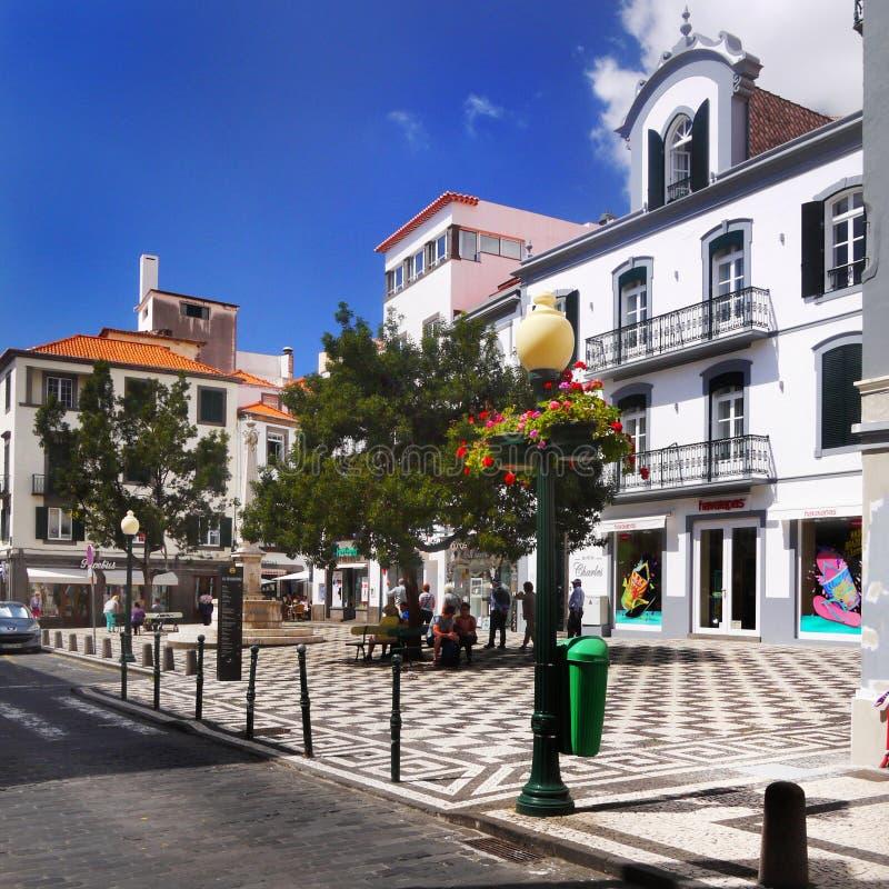 Sikt för gata för madeiraö, Funchal, Portugal royaltyfri foto