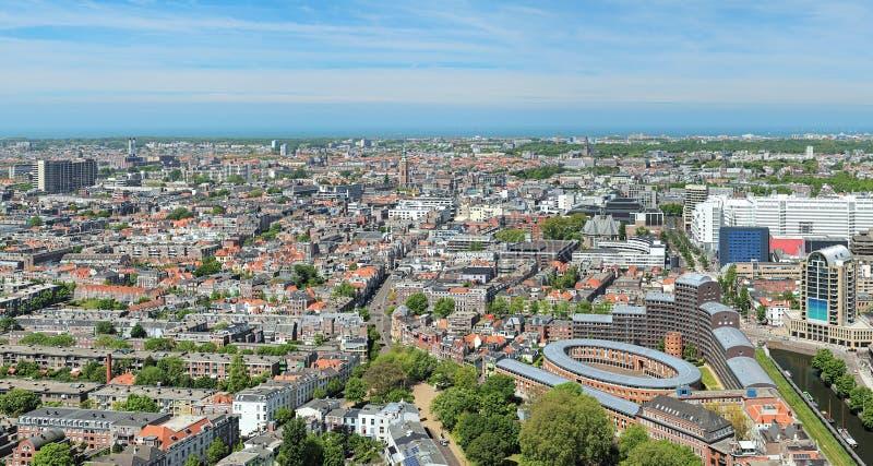 Sikt för hög vinkel av Haag, Nederländerna royaltyfria bilder