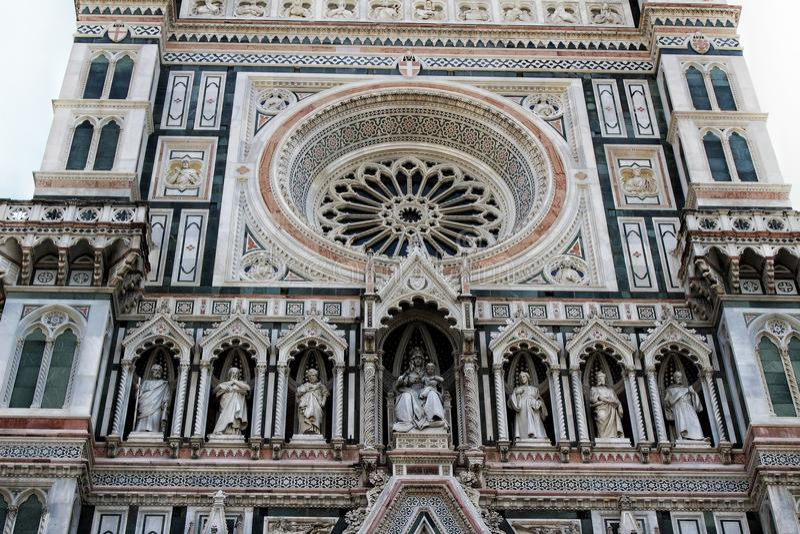 Sikt för Il-Duomocloseup, Florence, Italien arkivfoton