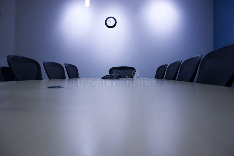 sikt för konferenslokaltabell fotografering för bildbyråer